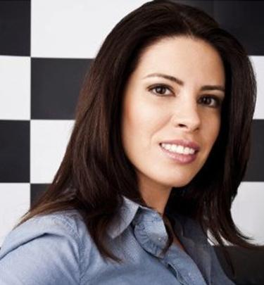 Dra.Thaís Ferraz, Médica Dermatologista