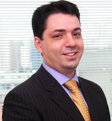 Dr. Gustavo Alonso Pereira