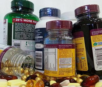 nutraceuticos-e-vitaminas-dermatologia-e-saude-350x300