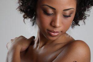 pele-negra-dermatologia-e-saude