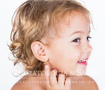 dicas-para-cuidar-das-orelhas-recem-furadas-dermatologia-e-saude-1